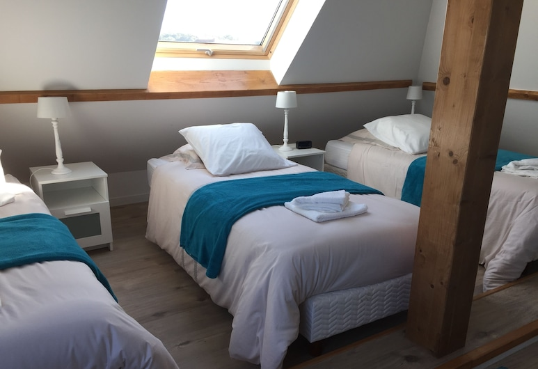 Koechi, Magny-le-Hongre, Deluxe Apartment, Multiple Beds, Courtyard View (Kaliflo), Room