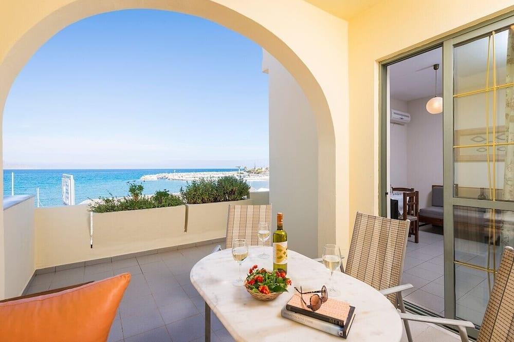 Апартаменты, вид на пляж - Балкон