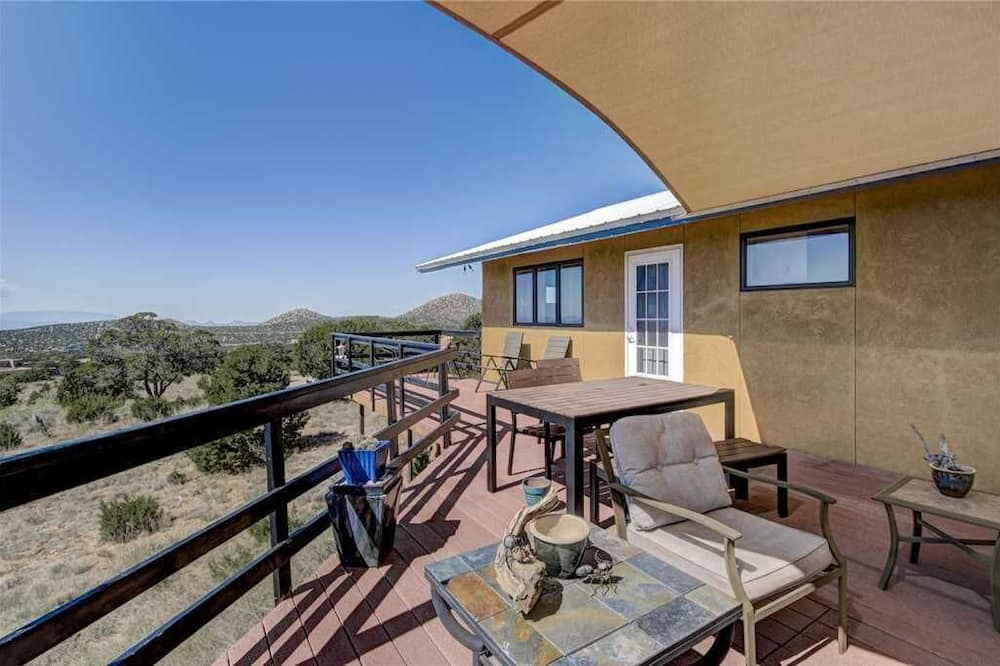 House, Multiple Beds, Patio, Mountain View - Balcony
