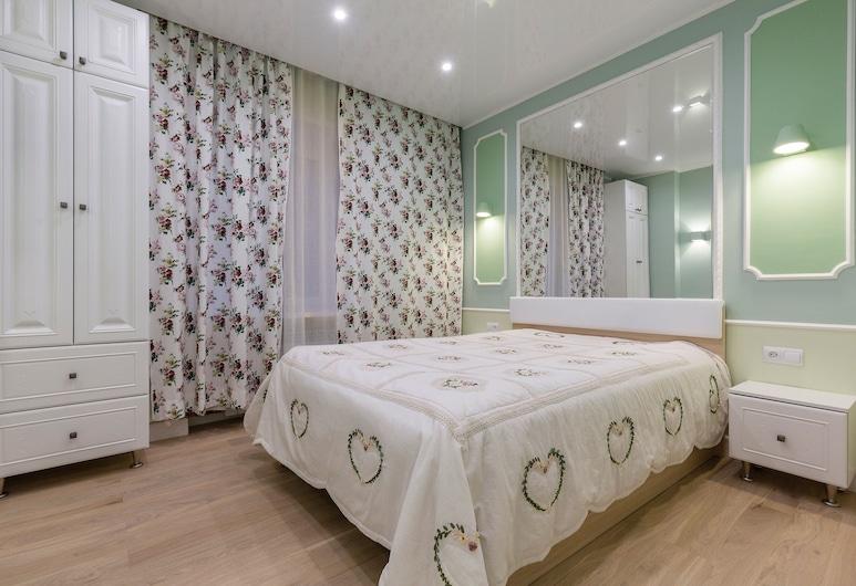 Feelathome Apartments - Nevsky, San Pietroburgo