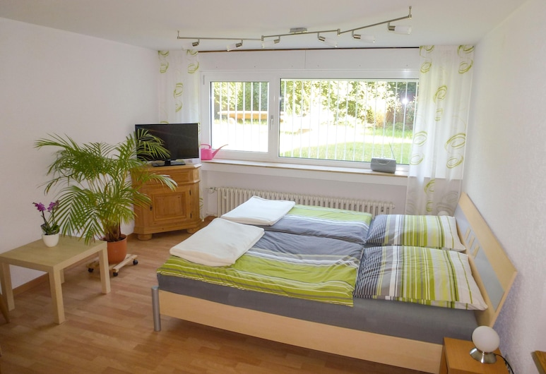 Gästezimmer Müller , Neuss, Habitación doble, 1 cama doble, no fumadores, vistas al jardín, Habitación