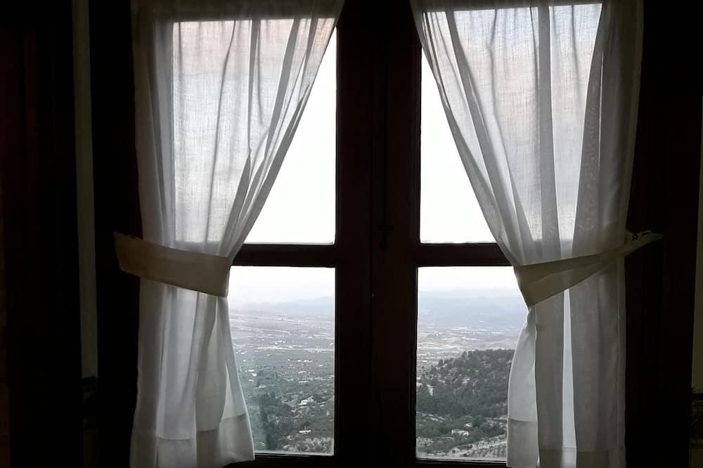 Phòng Suite, Quang cảnh núi - Quang cảnh núi