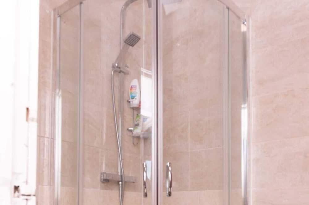 Kamar Double Deluks, kamar mandi umum - Kamar mandi