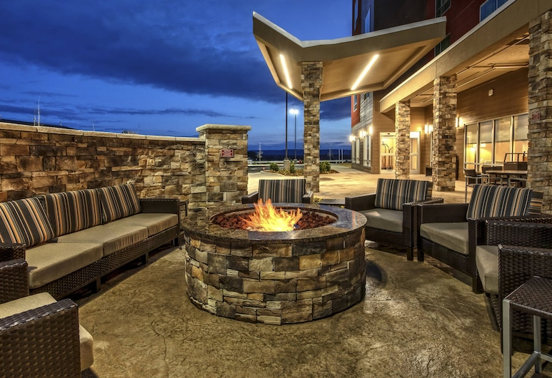 TownePlace Suites by Marriott Hot Springs, Hot Springs, Terrace/Patio