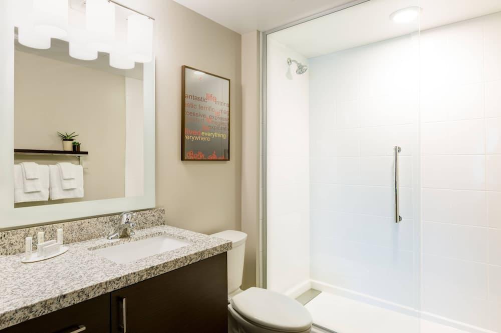 ห้องสวีท, 1 ห้องนอน - ห้องน้ำ