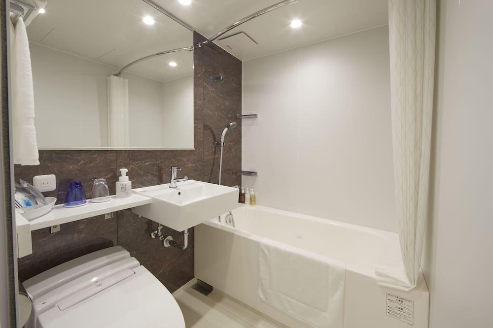 프리미어 더블룸, 금연 - 욕실