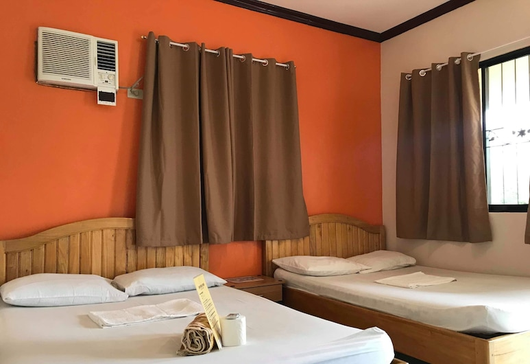 John Verhel Homes and Island Tours, Panglao, Family Room, 2 Double Beds, Guest Room