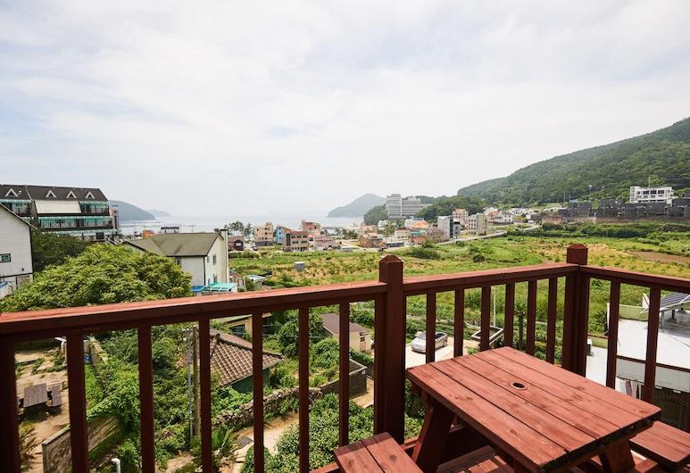 Sand Beach Pension, Geoje, Duplex, Terrace/Patio