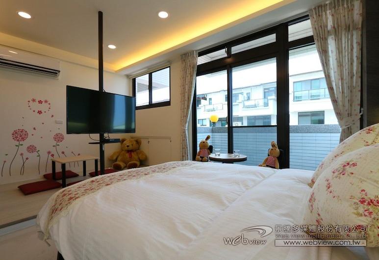 SkyOcean Inn, Yilan, Design Double Room, 1 Double Bed, Non Smoking, Courtyard View, Guest Room