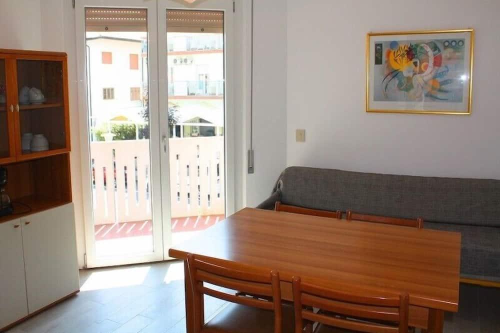 Apartment, 1 Schlafzimmer, Balkon (E) - Wohnbereich