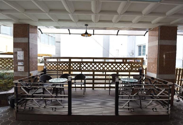 Daewoo Business Hotel, Geoje, Teras/Veranda