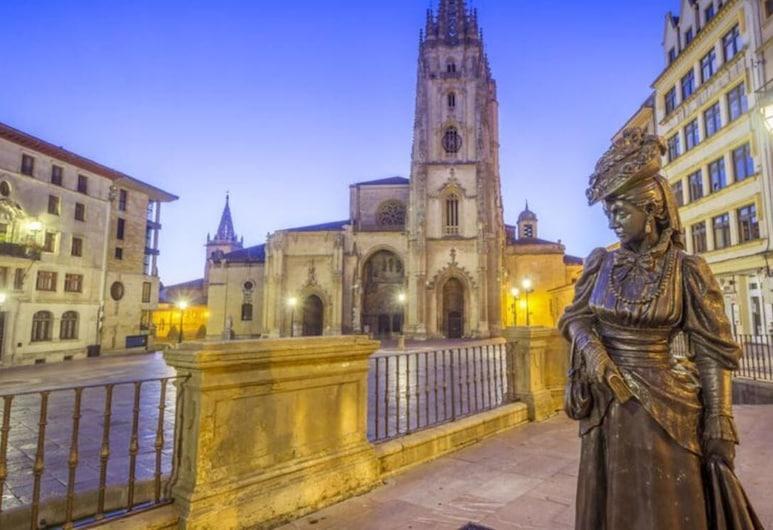 La Estancia de la Losa, Oviedo, Ārpuse