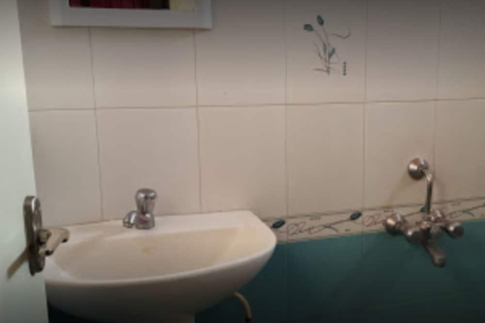 Deluxe Room, 1 Katil Kelamin (Double), Non Smoking - Bilik mandi