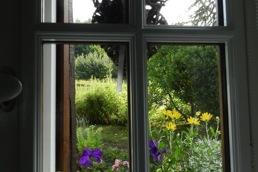 Doppelzimmer, Erdgeschoss (Gris) - Blick auf den Garten