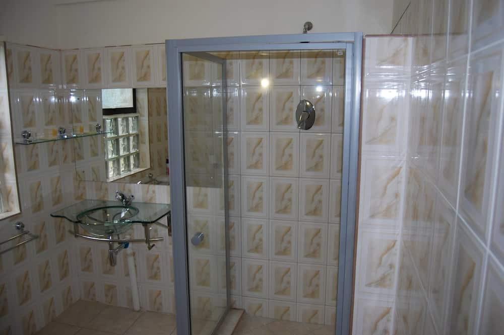 Deluxe Double Room, 1 Double Bed, Non Smoking, Garden View - Bathroom