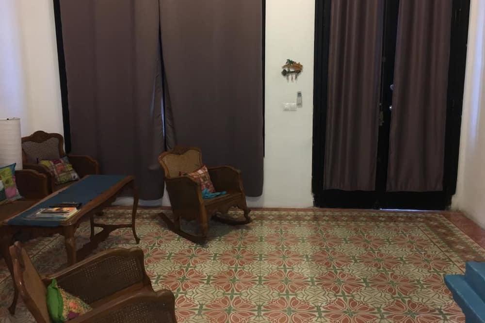 컴포트 빌라, 침대(여러 개), 금연 - 거실 공간