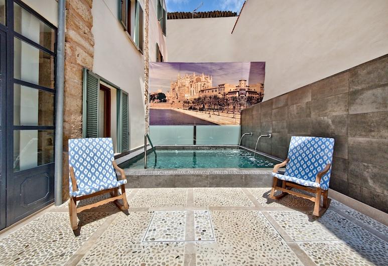 Palma Old Town - Turismo de Interior, Palma de Mallorca, Kolam Atas Bumbung