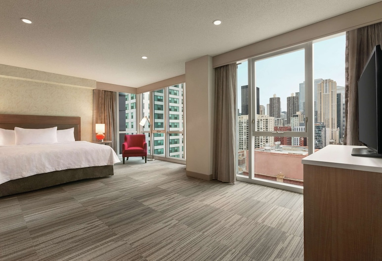 Home2 Suites by Hilton Chicago River North, Chicago, Suite, 1 King-Bett, barrierefrei, Stadtblick (Roll-In Shower, Hearing & Mobility), Zimmer