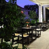 Comfort Studio, Patio, Garden View - Terrace/Patio