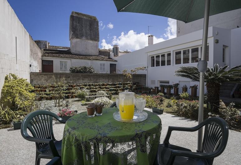 Casa do Campo de São Francisco, Ponta Delgada, Terrasse/veranda