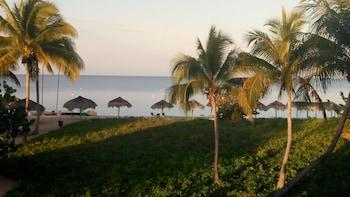 Introduce las fechas para ver los descuentos de hoteles en Trinidad