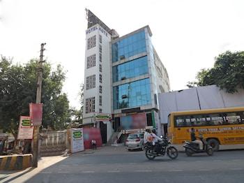 Picture of OYO 23158 Hotel The Taj in Agra