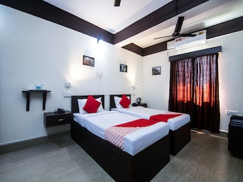 Picture of OYO 15455 Hill Crest View Guest House in Guwahati