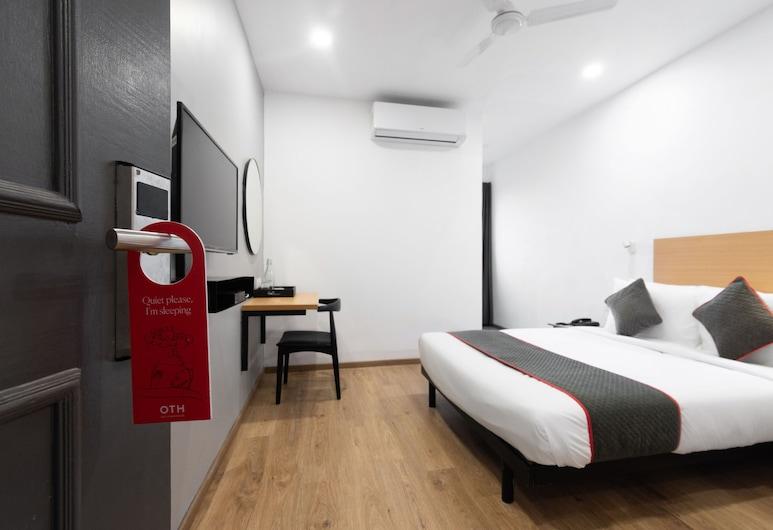 OYO 20033 SilverKey Hotel Mannat International, Kolkata, Double or Twin Room, Guest Room