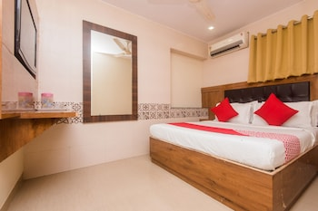 Picture of OYO 15533 Hotel Kalpana Residency in Mumbai