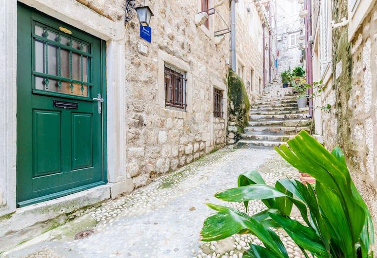 11 Stars Apartments, Dubrovnik, Inngangen til overnattingsstedet