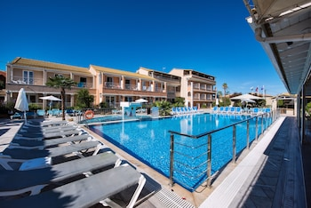 Picture of Kavos Plaza Hotel in Corfu
