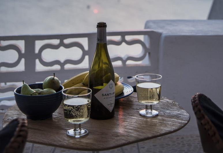 Seascape Villa by Caldera Houses, Santorini, Studio Suite, Balcony