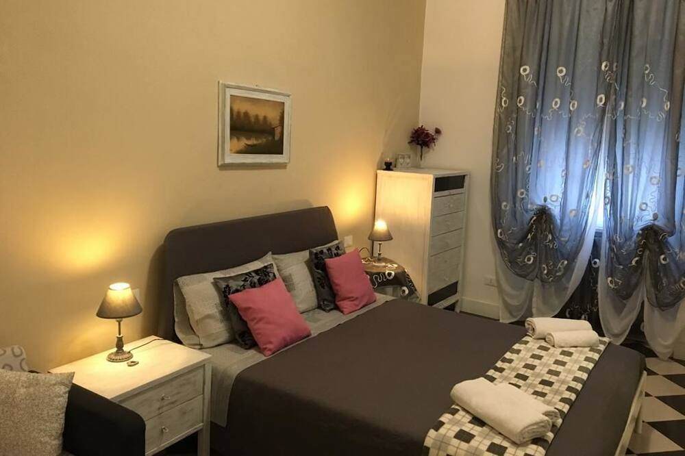 Perhehuone - Vierashuone