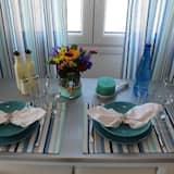 Apartemen Deluks, pemandangan laut (For 4) - Area Keluarga