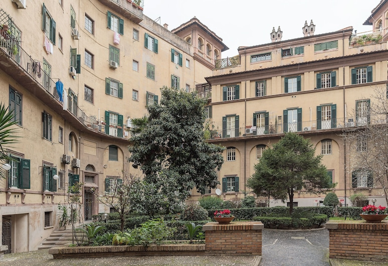 馬澤尼時尚公寓 6 人酒店, 羅馬