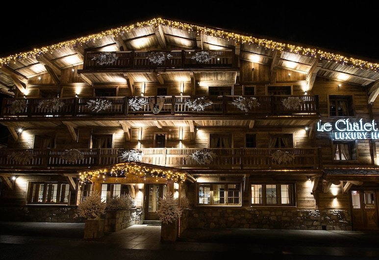 Le Chalet Blanc, Megeve, Hotel Front – Evening/Night