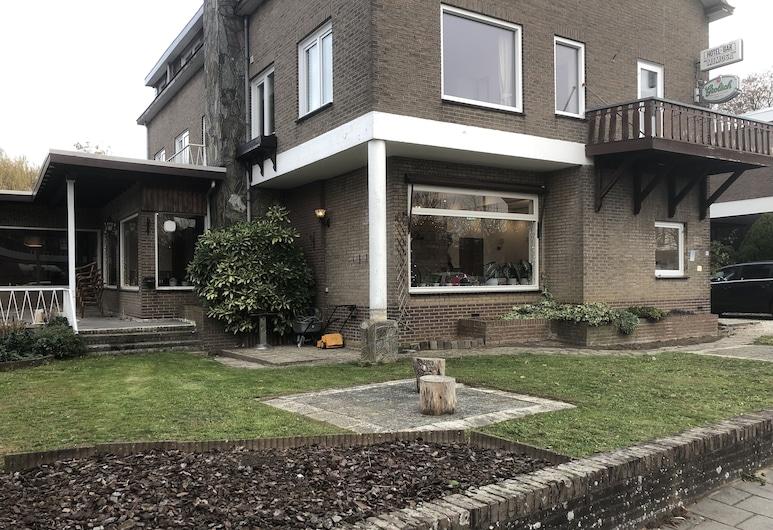 โรงแรมมิโมซา, Valkenburg aan de Geul, บริเวณภายนอก