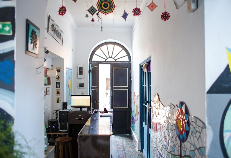 Hostel Casa Blanca Tarija, Tarija, Recepcia