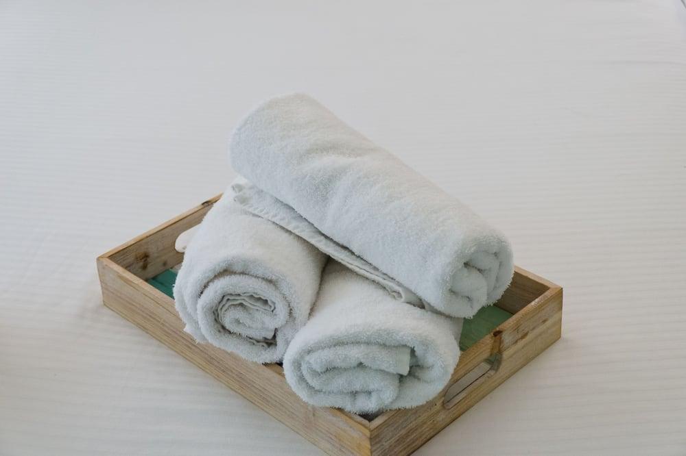 Superior-Suite, Mehrere Betten, Nichtraucher - Badezimmer