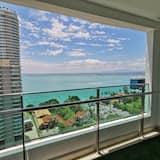 Executive Suite, 3 Bedrooms, Sea View - Balcony