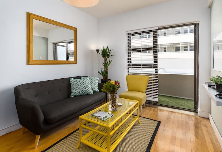 Bay Point 4B, Cape Town, Comfort Apartment, 1 Queen Bed, Non Smoking, Living Area