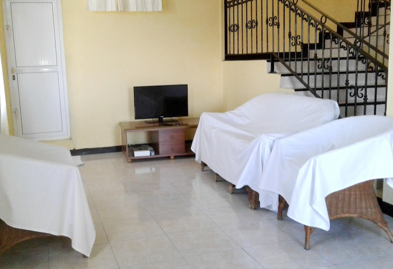Apartment With 2 Bedrooms in Trou aux Biches, With Furnished Garden and Wifi - 200 m From the Beach, Trou aux Biches, Izba