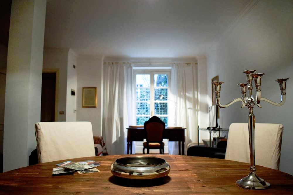 Duplex, 2 Bedrooms, Garden View - Living Room