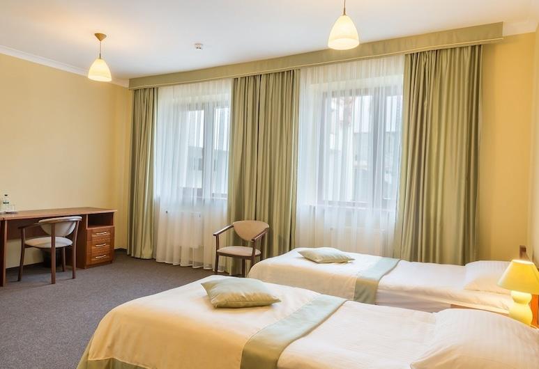 Patriarshyi Hotel, Lavov
