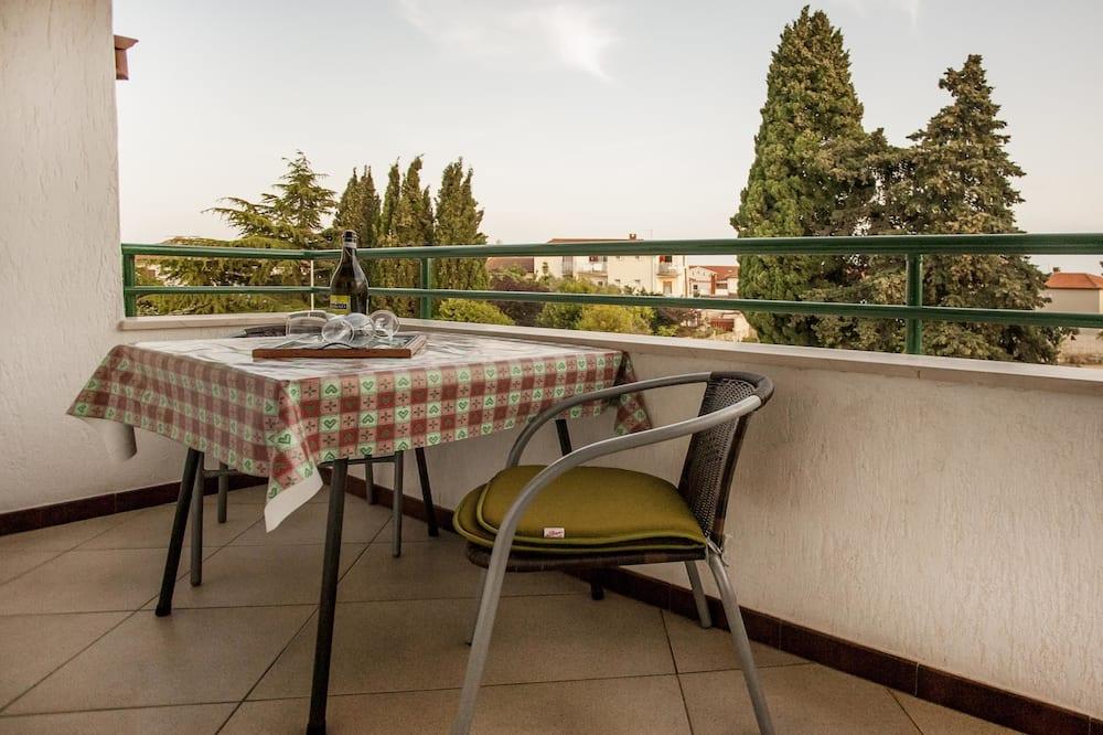 Apartamento, 2 Quartos (2nd Floor) - Varanda