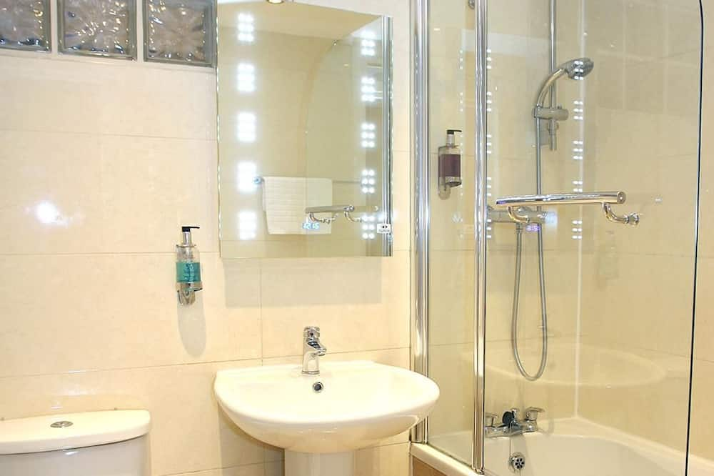 Pagerinto tipo apartamentai, 2 miegamieji (Max 6 people) - Vonios kambarys