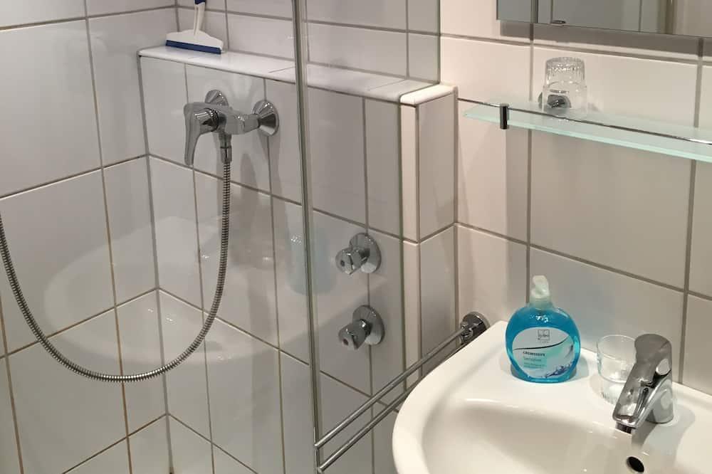 Tek Kişilik Oda, Sigara İçilmez - Banyo