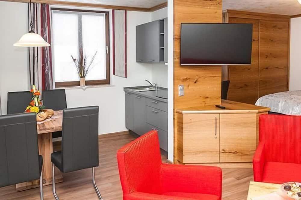 Double or Twin Room, Balcony - Living Area