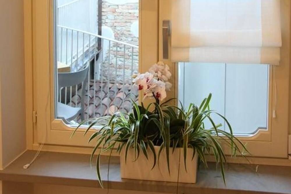 Pokój dwuosobowy z 1 lub 2 łóżkami, balkon - Pokój