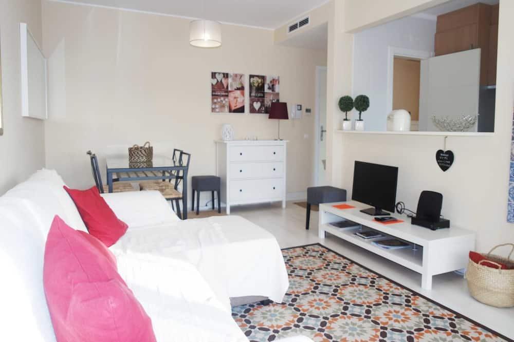 Comfort Apartment, 1 Bedroom, Non Smoking - Living Room